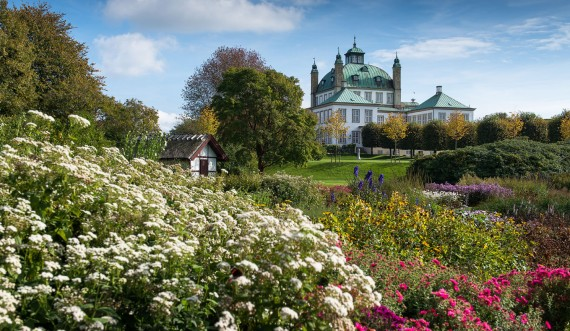 The Royal Family's private garden at Fredensborg Palace. Photo: Thomas Rahbek